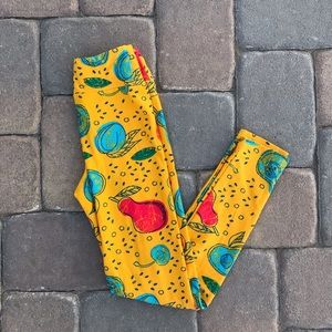 Lularoe Leggings Tween Yellow Fruit Print
